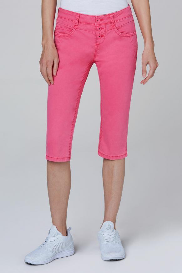 Coloured Capri Jeans LY:IA mit Knopfleiste oriental pink