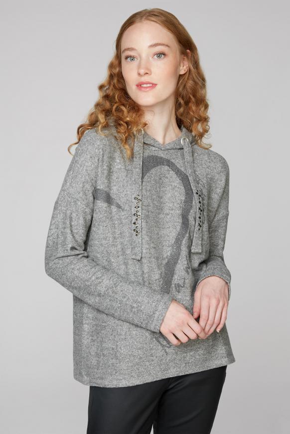Gebürsteter Pullover mit Kapuze und Druck iron melange