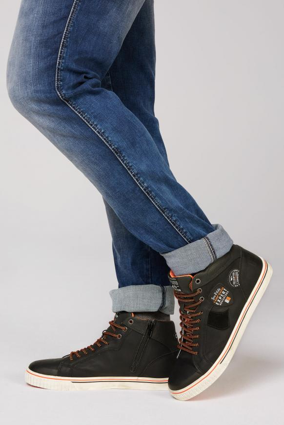 High Top Sneaker im Materialmix mit Label Patches black