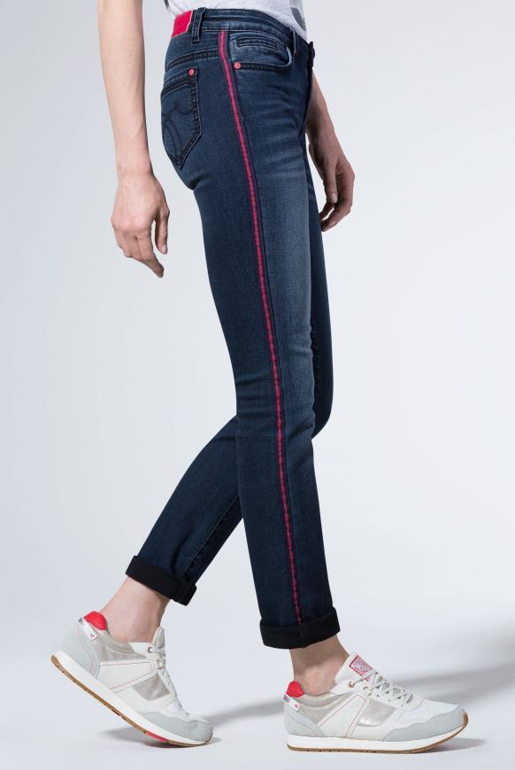Jeans mit Moustache-Effekten und Seitentape RO:MY dark blue stripe