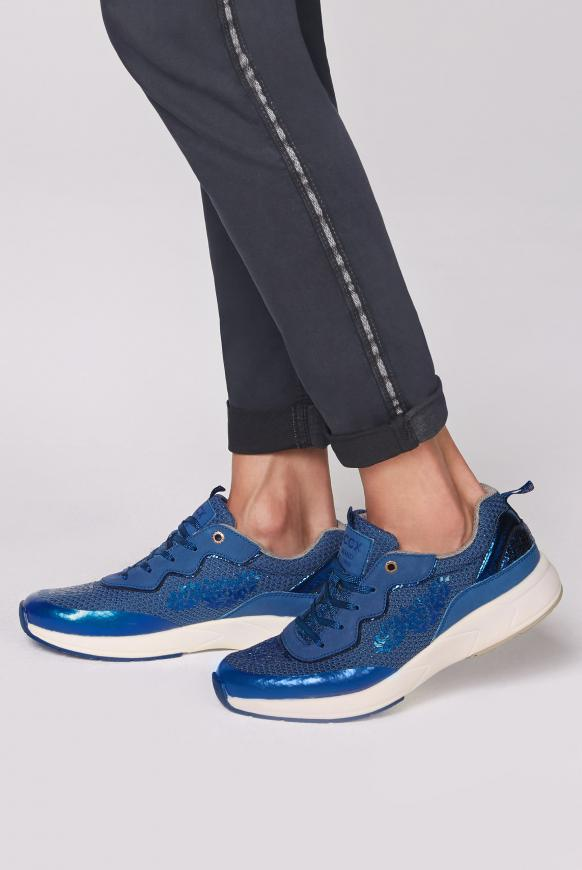Premium Sneaker im Metallic Look metallic blue