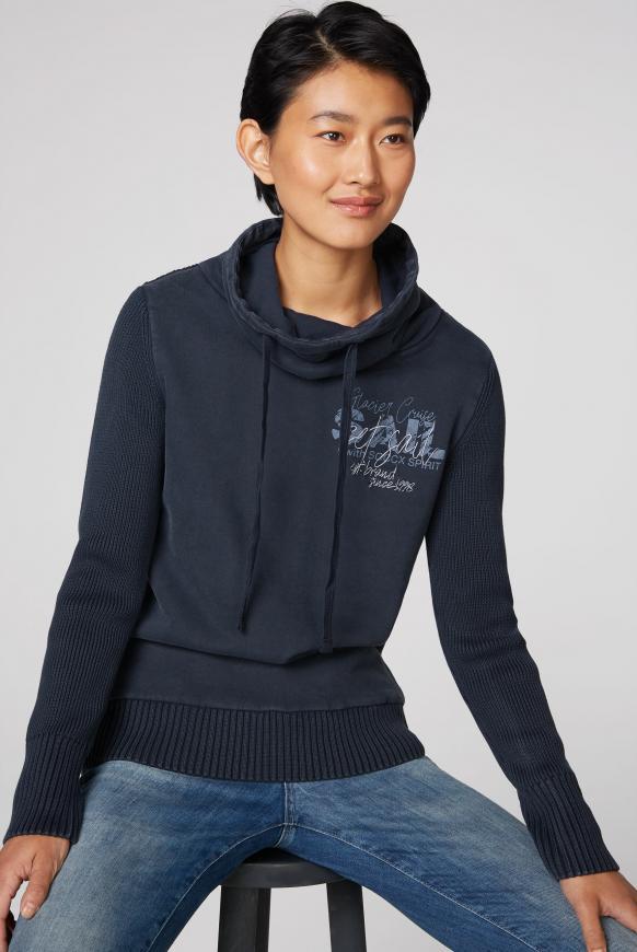 Pullover im Materialmix mit Artwork blue navy