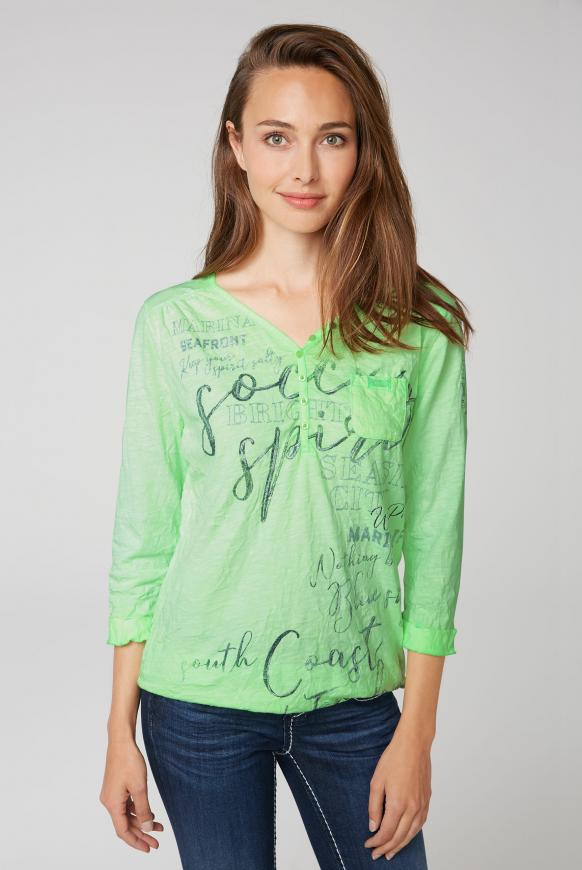 Serafino-Shirt mit Crinkle-Optik und Prints lime punch