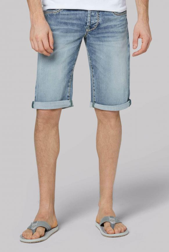 Skater Shorts RO:BI mit Used-Waschung light blue used
