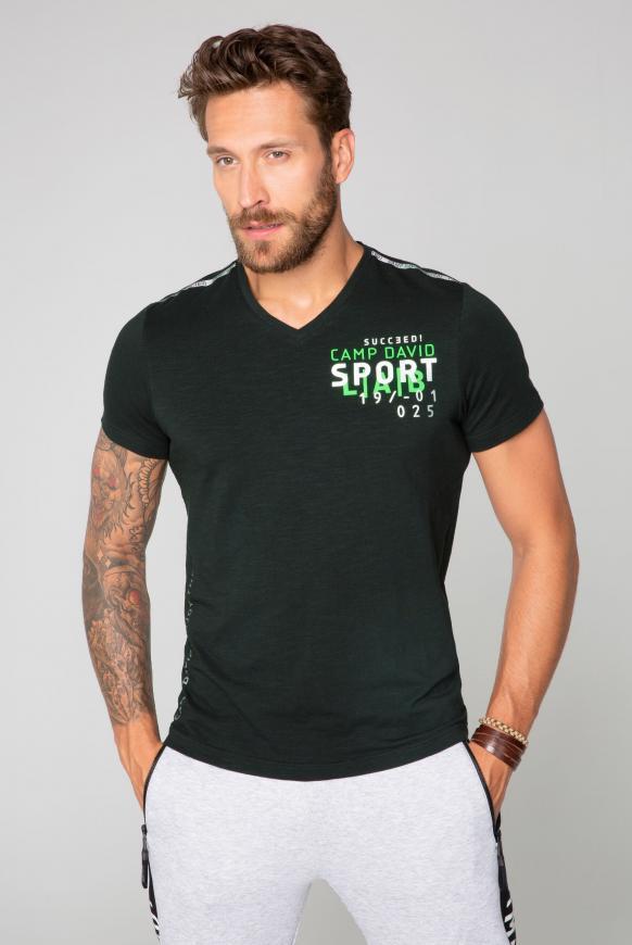 T-Shirt mit Folien-Artwork auf dem Rücken black