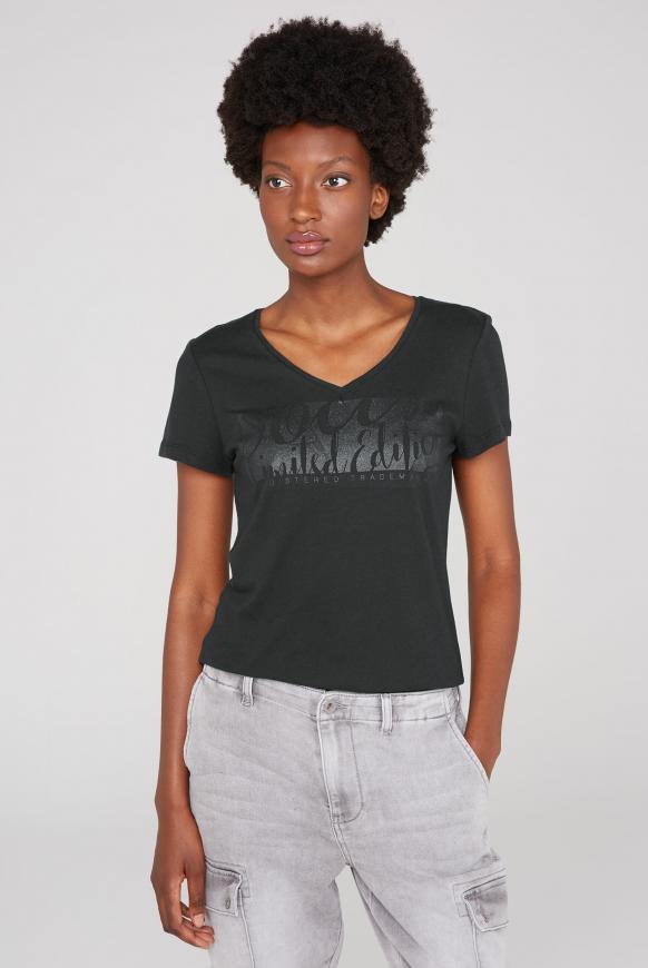 T-Shirt mit V-Ausschnitt und Glitter Print black