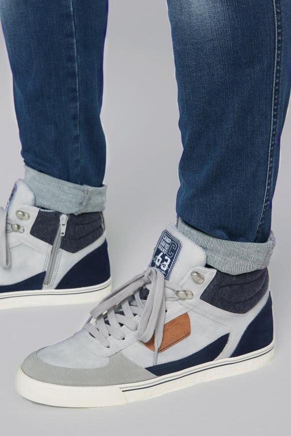 High Top Sneaker mit Label Patches light grey