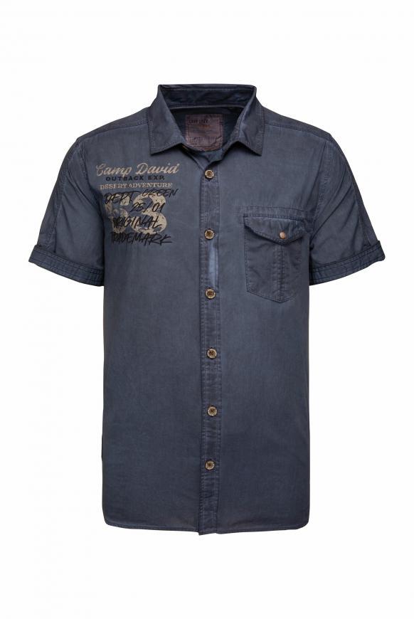 Kurzarmhemd Oil Dyed mit Artwork und Tasche raw blue
