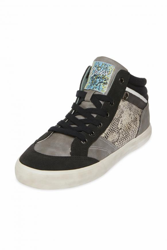 Sneaker im Material- und Farbmix asphalt