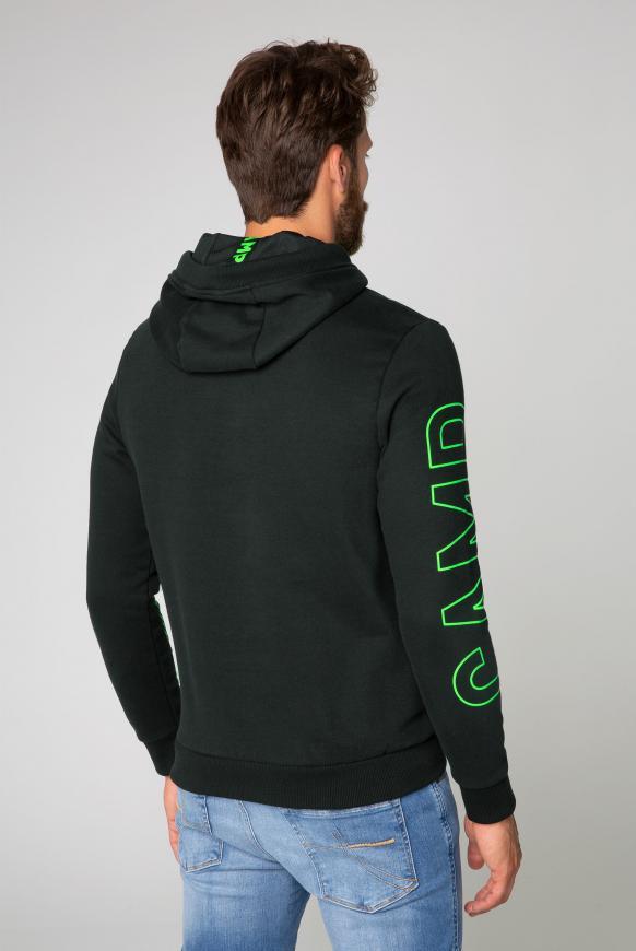 Hoodie mit großem Logo Design