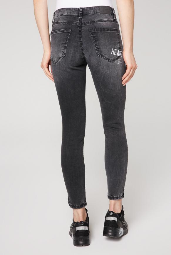 Jeans MI:RA mit Used Wording Prints