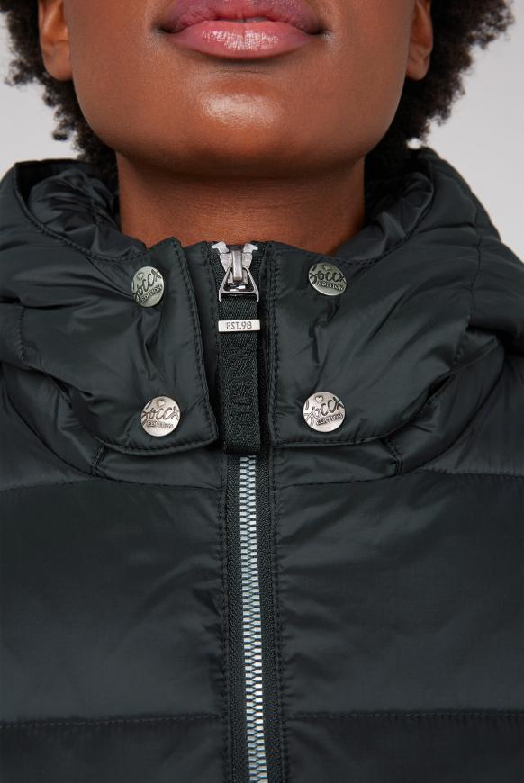 Winterjacke mit Logo-Tape und Stretchbund